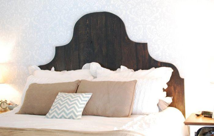 Oltre 25 fantastiche idee su idee per la stanza da letto - Testata letto imbottita fai da te ...