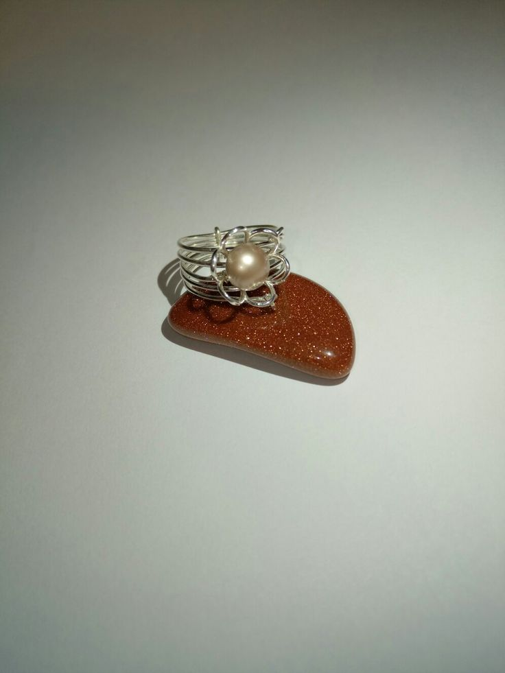 Silvrr ring