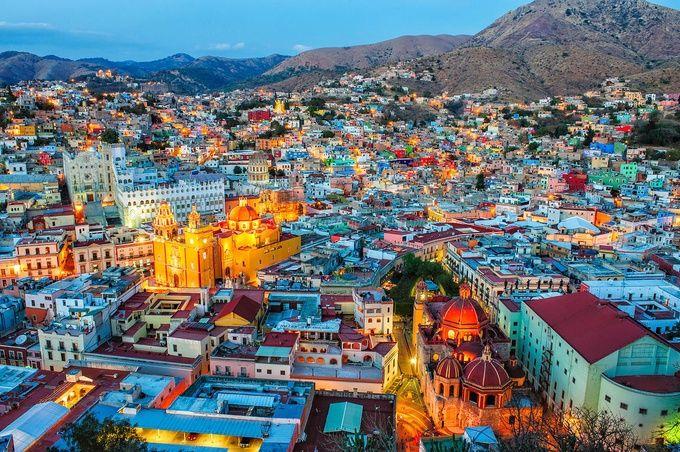 2位はチェコ、気になる1位は?旅行会社が選ぶ世界で最も美しい都市ベスト10   RETRIP