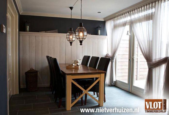 Bekijk dit project: Hoge lambrisering van Vlot Timmerbedrijf (http://www.nietverhuizen.nl//projecten/117/hoge-lambrisering)