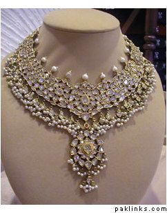 Kundan Polki Necklace...Wow, can you imagine wearing something like this on your wedding day?