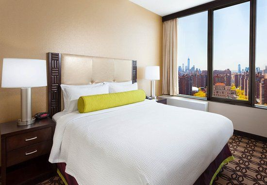 Now £243 (Was £̶3̶4̶0̶) on TripAdvisor: Fairfield Inn & Suites New York Midtown Manhattan/Penn Station, New York City. See 1,004 traveller reviews, 805 candid photos, and great deals for Fairfield Inn & Suites New York Midtown Manhattan/Penn Station, ranked #123 of 469 hotels in New York City and rated 4.5 of 5 at TripAdvisor.