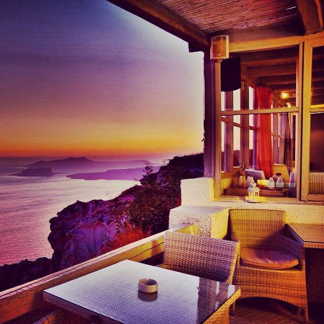 Outstanding view from Artemis restaurant #megalochori #santorini