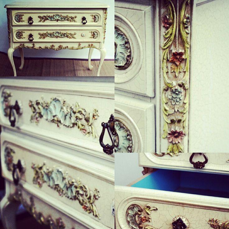 👑Rococo🌿🌹🌼 style 👌 https://www.starekojdy.com/product-page/komódka-rokoko-white-70  #starekojdy #luxury #rococo #cabriolelegs #baroque #furniture #onlineshop #tobuy #sale #interior #interiordesign #classy #bestylish