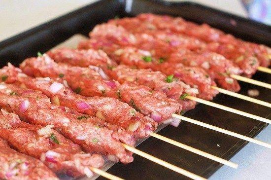 Люля кебаб в духовке: рецепт с фото приготовления в ...