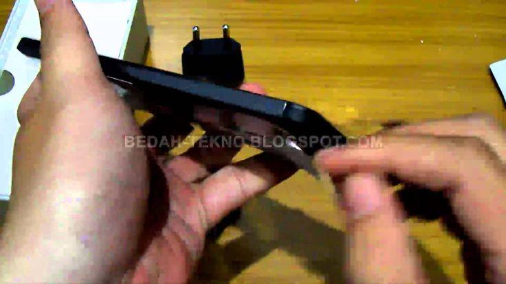 Unboxing Asus Zenfone 5 (16Gb Memory - 2Gb RAM)