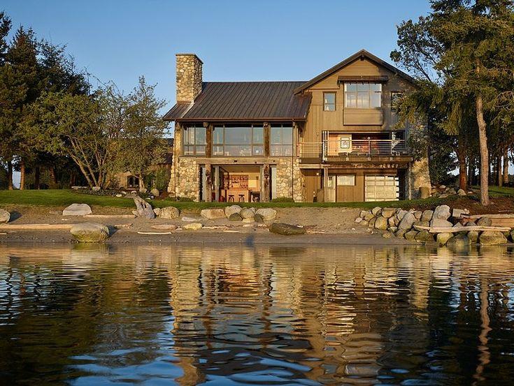 Graham Baba Architects Residence Seaside House With Rustic Elements in Washington by Graham Baba Architects