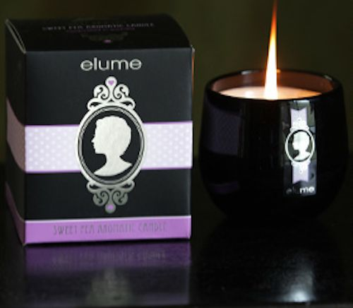 Elume Silhouettes – Sweet Pea scented candle. Like a sun-kissed garden in the middle of spring, the Elume Sweet Pea Silhouette candle is a fragrant delight for the senses, as light and refreshing as a garden bed of frilly sweet peas in full flower.    With their silver-foiled silhouettes and sophisticated black block these elegant and contemporary jar candles add a stylish touch of luxury to any interior.