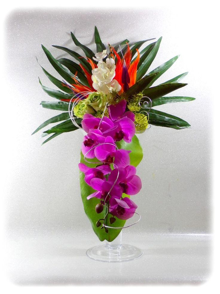 1000 id es sur le th me cascade de bouquets de mari e sur for Bouquet exotique