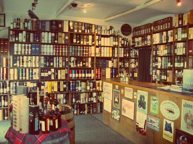 Austria's finest Whisky Store! :) I love wiskiy!