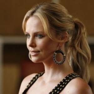 The sensational hollywood actress Charlize Theron latest photos are available here .Check out the slim n sexy photos of the South African actress in hot and smoothing style, with her deathly looks and stunning eyes any one would fall for the attractiveness in them.