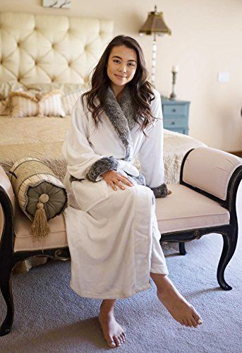 Livingston Unisex Luxury Pocketed Velvet Fleece Bathrobe Robe with Faux Fur  Trim 3804c198a