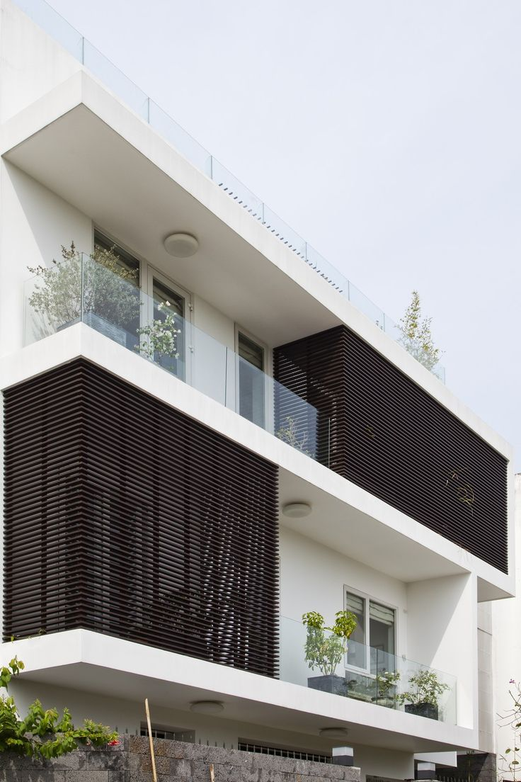 Go Vap House 4 Modern Family Home Adapted to a Tropical Environment in Vietnam