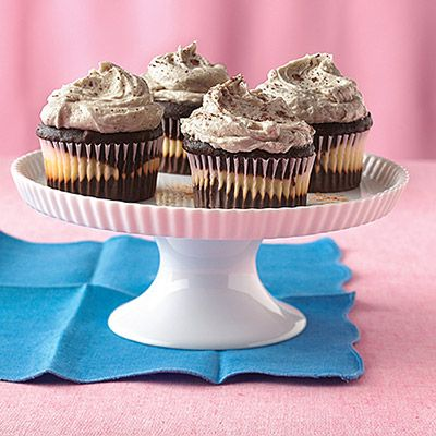 To create these Chocolate Chai Cupcakes, use any chai-flavored tea bags to flavor the delicious cream-cheese swirls in the middle!