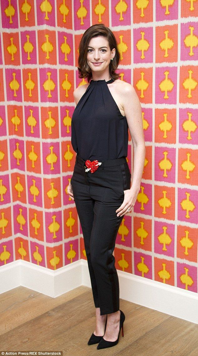 Anne Hathaway showed off her stunning physique as she promoted her new movie The Intern this week.