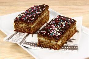 Blød honningkage med smørcreme opskrift fra Alletiders Kogebog blandt over 38.000 forskellige opskrifter på