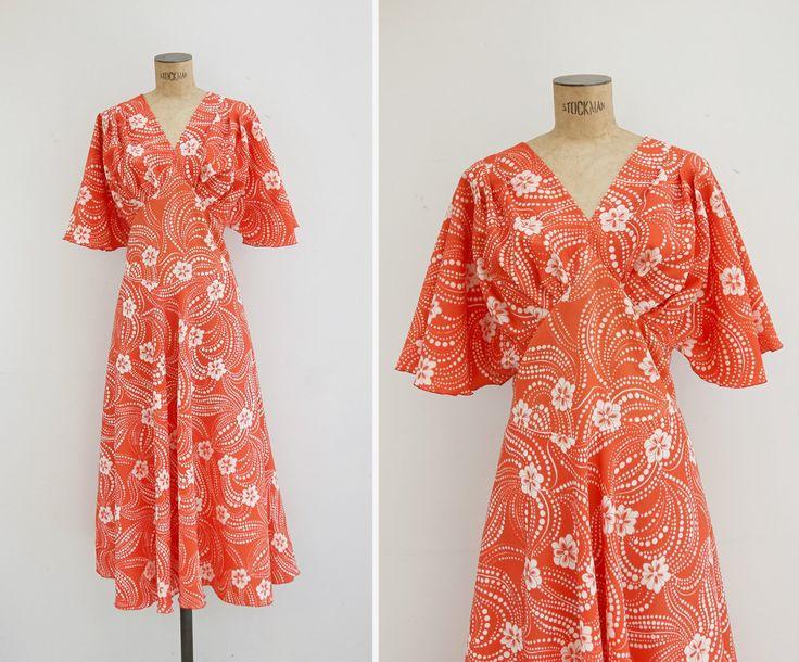 1970s Dress - Vintage 70s Orange Psychedelic Floral Dress - Isla De Flores Dress by GoldenCraneVintage on Etsy https://www.etsy.com/se-en/listing/384656386/1970s-dress-vintage-70s-orange