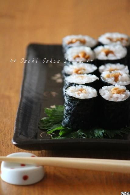 Japanese Natto (Soybean) Rolls 納豆巻き