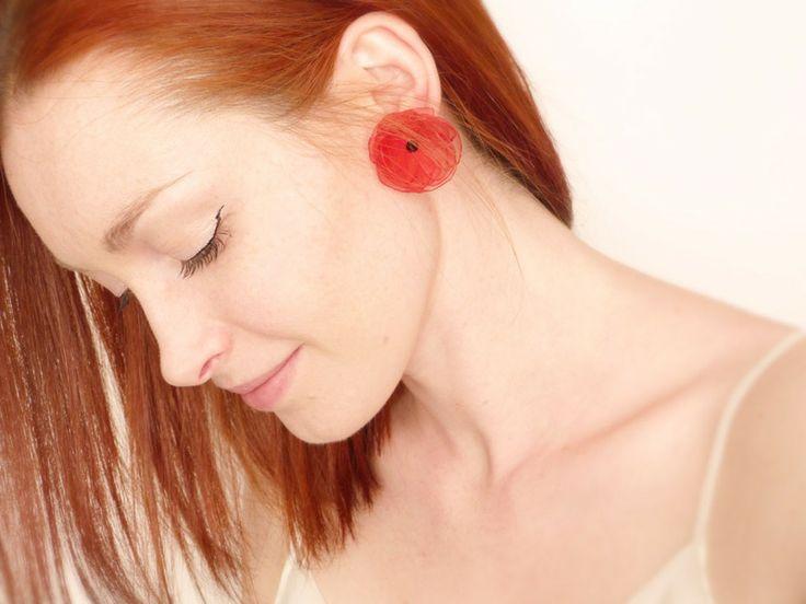 Boucles d'oreilles Fleur Coquelicot rouge Organza  de Accessoires Mariage et Mode féerique fait-main en France sur DaWanda.com