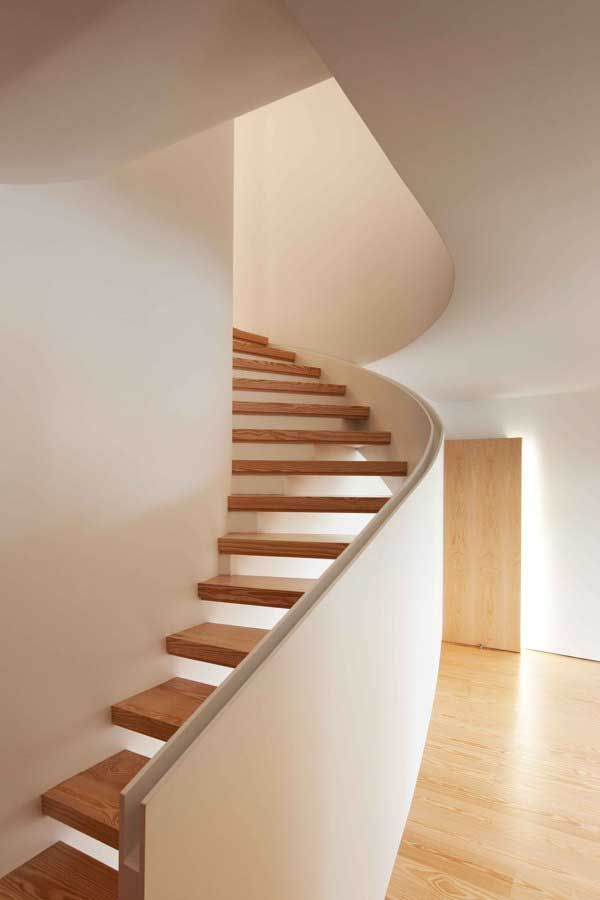 Housing modern within classic  A beautiful modernist rehabilitation of a 19th century building at Porto's historic center by Portuguese firm...