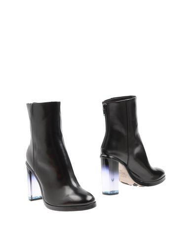 Agl Attilio Giusti Leombruni Women Ankle Boot on YOOX. The best online selection of Ankle Boots Agl Attilio Giusti Leombruni. YOOX exclusive items of Italian and internat...