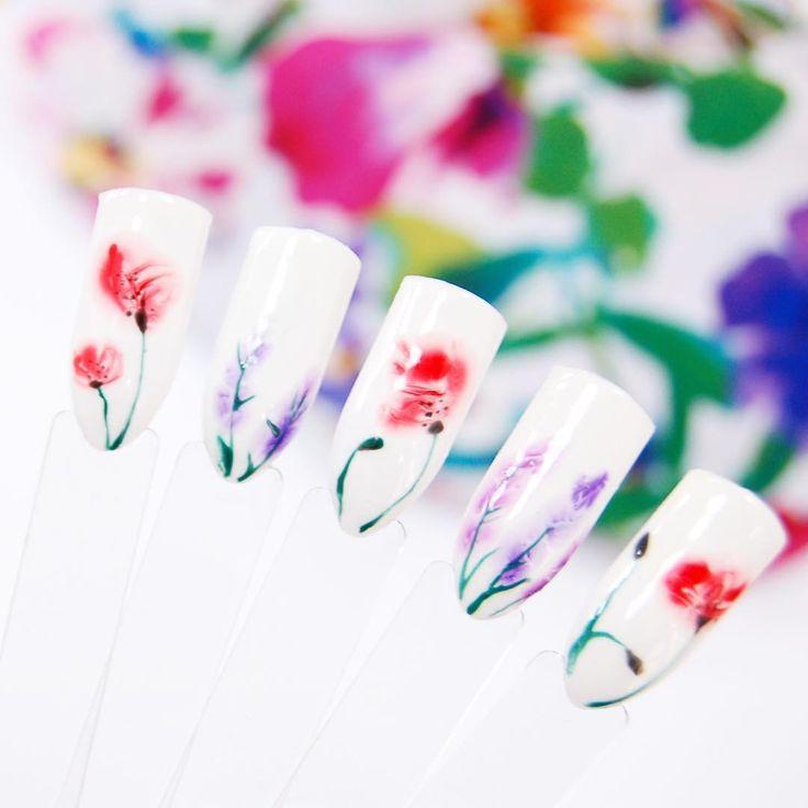 "Polubienia: 3,291, komentarze: 23 – NeoNail Poland (@neonailpoland) na Instagramie: ""Łąka na paznokciach ❤ Użyliśmy do tej stylizacji Ruby, Purple i Violet Aquarelle. Co sądzicie o…"""