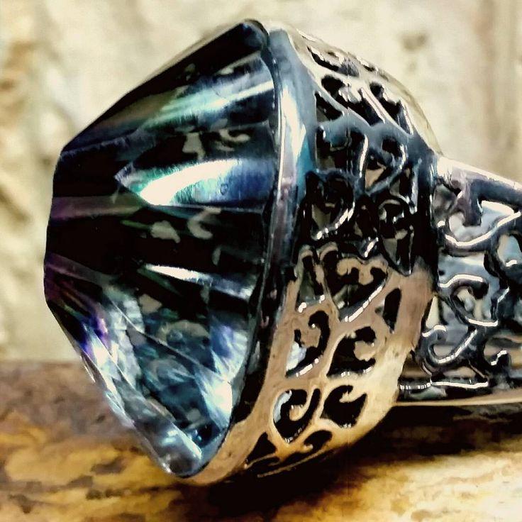 Anillo Boho luxe con Topacio Místico Shiló Av Corrientes 1660 (Paseo la Plaza) Buenos Aires #anillo #ring #mystictopaz #topacio #topaciomistico #arte #joyas #art #jewelryart #instajewelry #love #jewelryaddict #boho #bohemian #om #meditation #amazing...