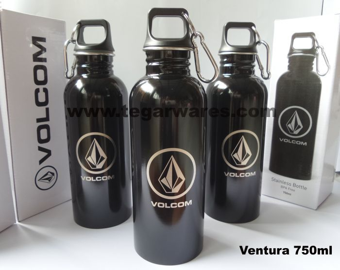 Volcom is a clothing brand with a renowned modern lifestyle design from the United States that sell products such as surfboards, t-shirts, jeans, jackets, shoes, slippers, hats, sweaters etc. for men and women. For the zealots, Volcom Indonesia based in Kuta Bali ordered a Ventura 750ml stainless water bottles include a box from the Tegarwares, a leading brand that provides products equipment drinking and eating for merchandise and souvenirs. Interested? Let's go Volcom outlets in your city!