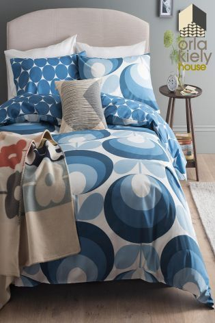 Add refreshing blues into your interior in time for summer! This stylish Orla Kiely seventies flower duvet set will look stylish in any home.