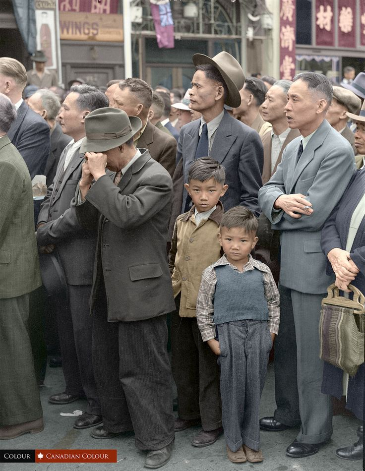 VJ Day celebrations in Vancouver's Chinatown in 1945 (33 Colourized Photos That Make Canadian History Come To Life)