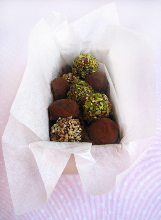 Tartufini morbidi al cioccolato fondente