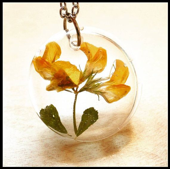 Yellow flower ECO RESIN pendant necklace by ArtPassionBijoux