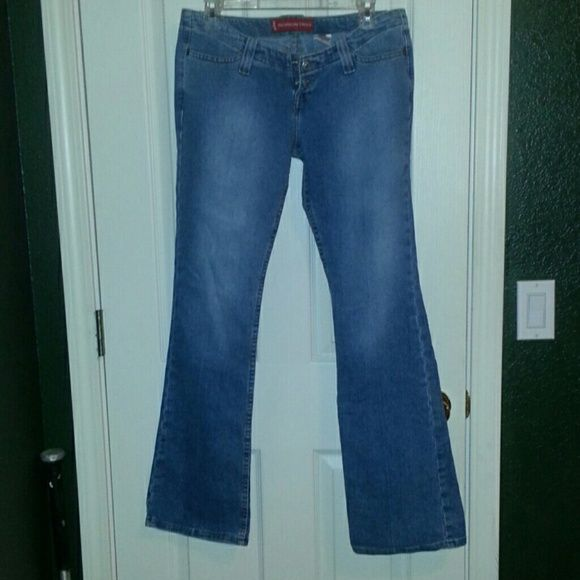 Levis jeans sale Cute vintage Levis too SuperLow stretch jeans says size 9 flare at the bottom unable to wear too small for me tag says 9 long Jeans Boot Cut