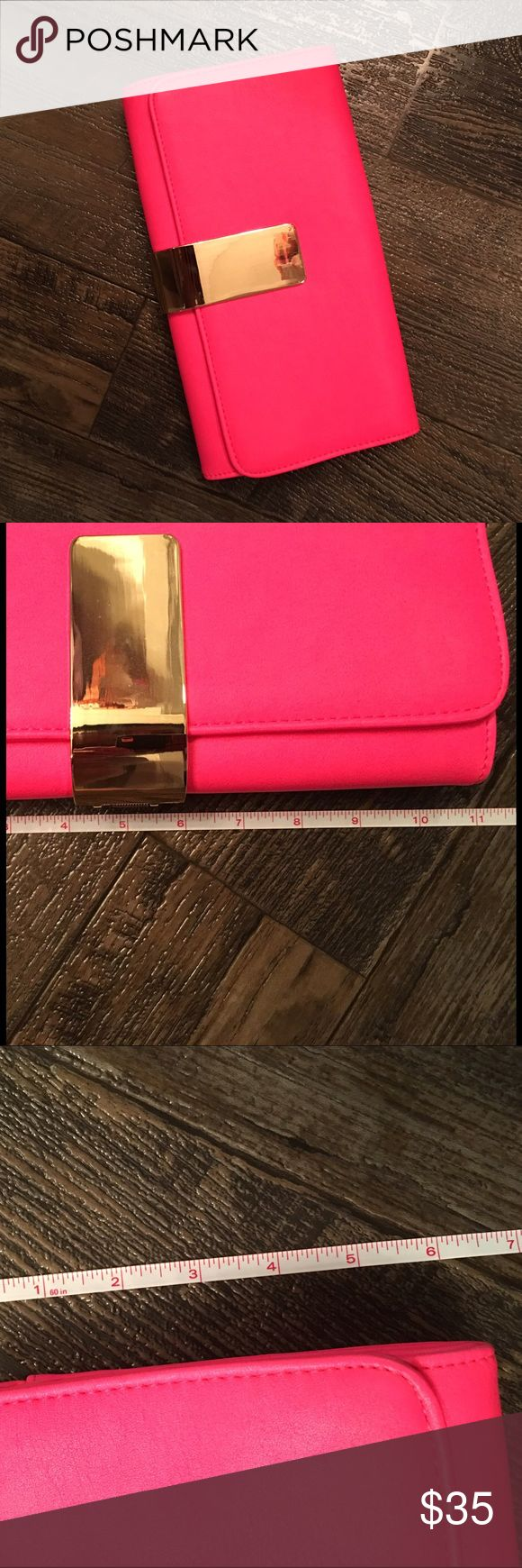 Neon clutch Hot pink clutch. Just like new! No chain to turn it into shoulder bag but other than that you would think it's new. Bags Clutches & Wristlets