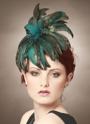 Teal coque feather mini-hat by Judy Bentinck. #millinery #judithm #hats