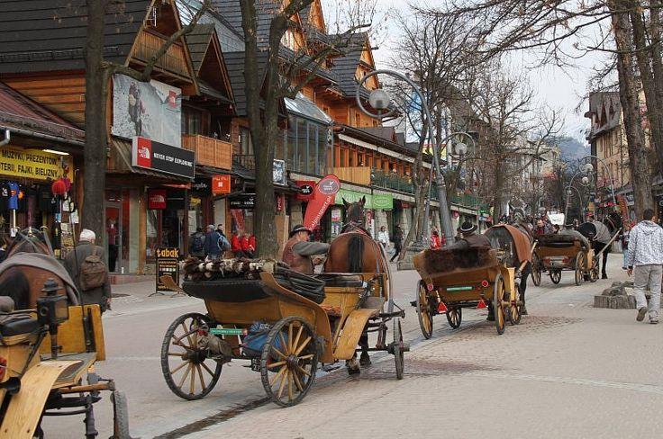 I love all the little shops and the magic of this town // Krupowki Zakopane Poland