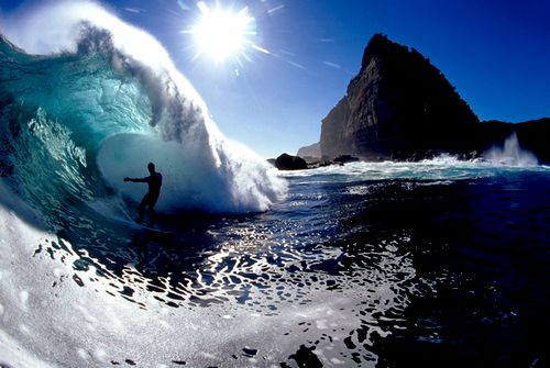 I'd never be able t surf, but this looks awesome!