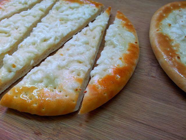 ...alchymie (ne)jen Blízkého východu: Chlebové placky se sýrem