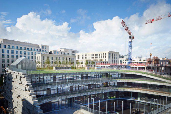 «Зеленая» школа от студии Chartier Dalix Architectes, Париж