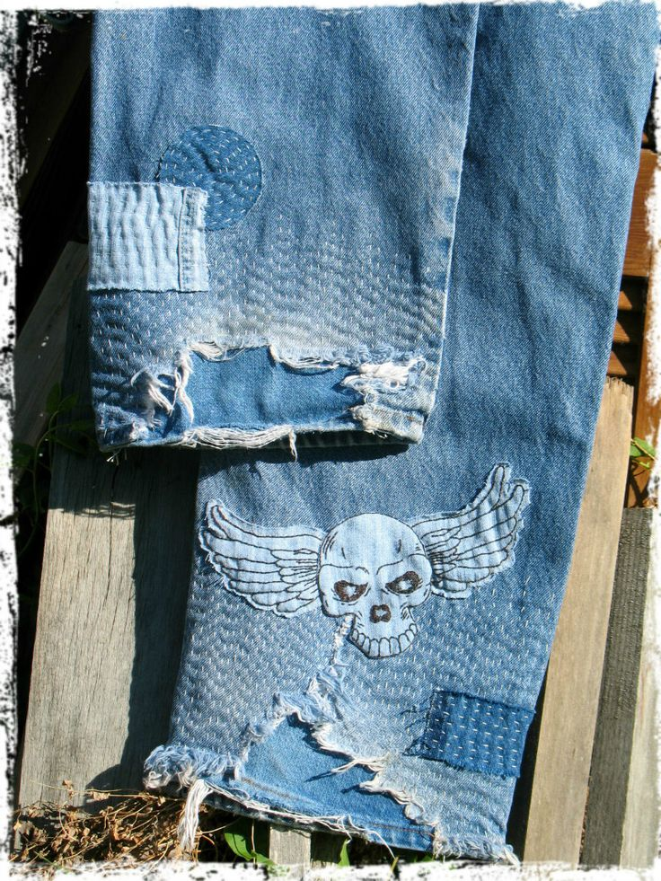 I'm not a skull lover...by any means...but I love the patchwork.