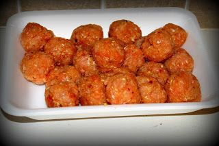 Modern.Maye.Flower.: Entertaining While on The Pink Method and P90x Turkey meatballs with dipping sauce