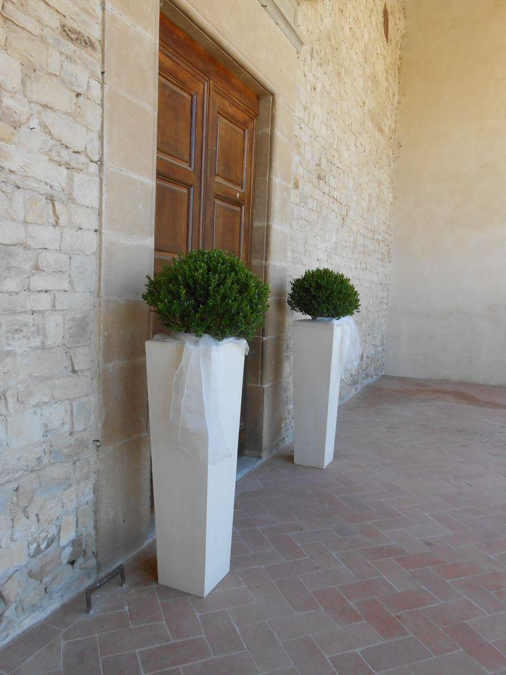 Le 25 migliori idee su fiori per la chiesa da matrimonio for Fiori ornamentali da esterno