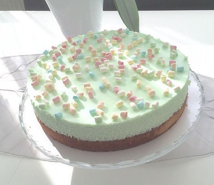 Waldmeister - Philadelphia - Torte, ein tolles Rezept aus der Kategorie Torten. Bewertungen: 115. Durchschnitt: Ø 4,3.