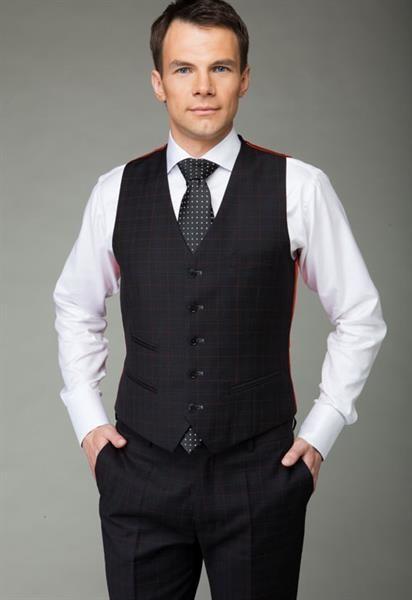 Описание внешнего вида жилета мужского для костюма тройка