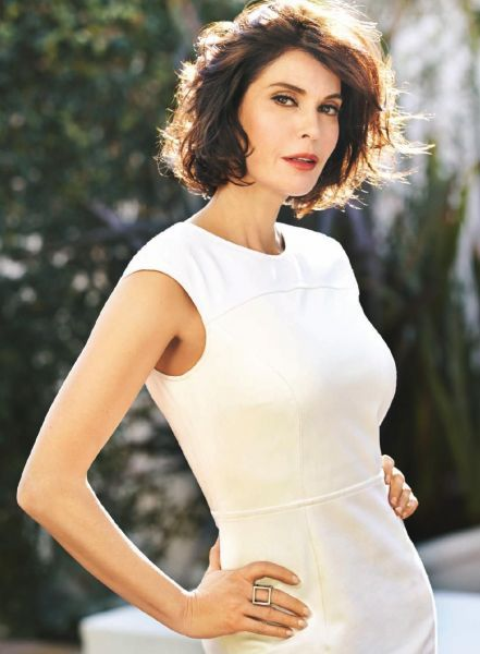 Lois & Clark: The NEw Adventures of Superman star Teri Hatcher