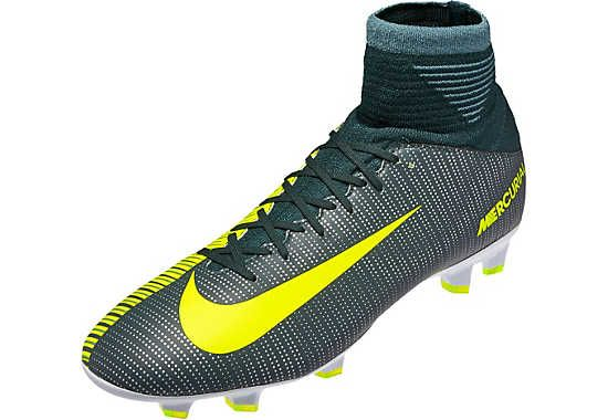 Kids Nike CR7 Mercurial Superfly Soccer Cleats. Hot now at SoccerPro.