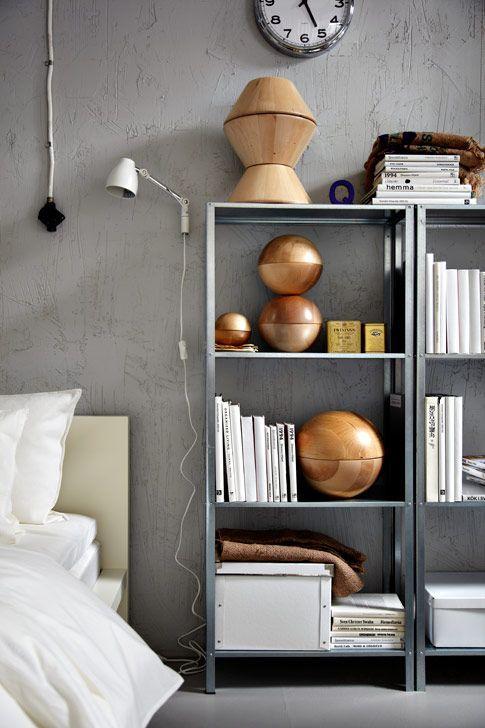 15 ideas para decorar con estanter as met licas - Estanteria baja ikea ...