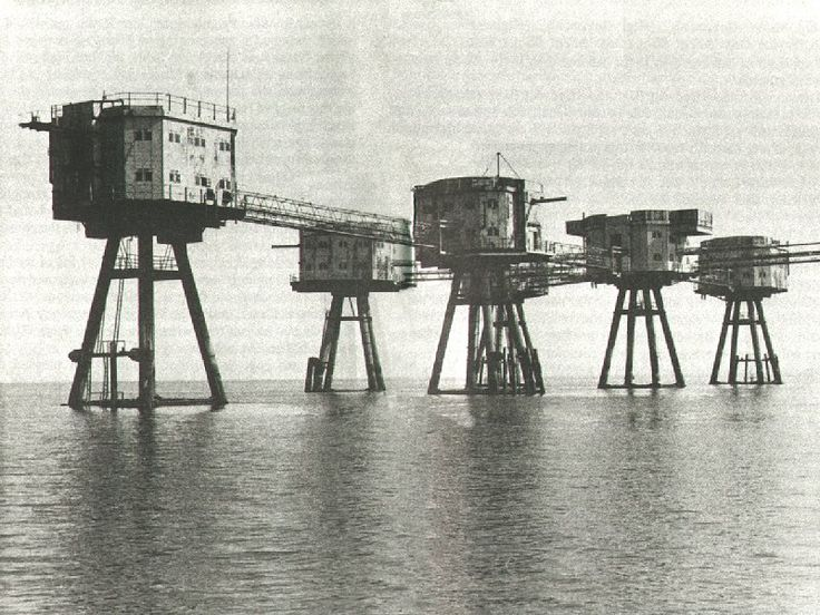 Pirate Radio Invicta broadcast on 306 metres medium wave from the Red Sands Fort in the Thames Estuary from July 1964 to February 1965.    This CD runs for approx 3 hours 30mins.  Click here for details http://nostalgiastore.co.uk/?uk-offshore-pirates,156