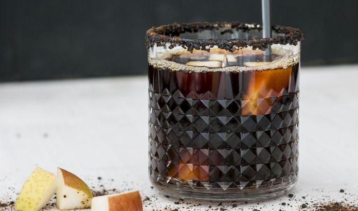 Iste med pære, chokolade & lakrids | Pear, chocolate and licorice ice tea