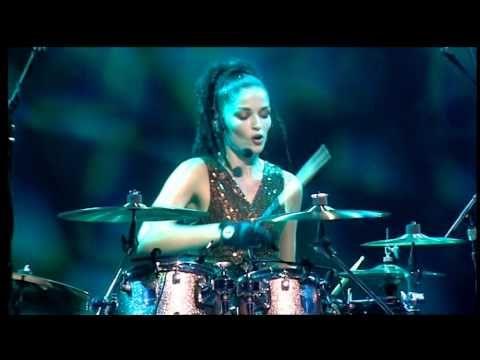 The Corrs Live in London - Dreams (Andrea Corr , Caroline Corr, Sharon C...